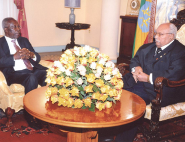 Minister Sam Ongeri delivers President Kibaki's message of Condolences to Ethiopia