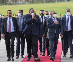 President Uhuru Kenyatta and Prime Minister Abiy Ahmed witness the issuance of a Telecommunications Operations license to Safaricom